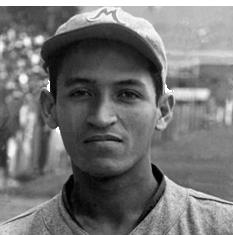 """En 1943 Jesús """"Chucho"""" Ramos, del Magallanes, completa 8 hits consecutivos-récord en Primera División-, 9 en sus últimos turnos y es campeón bate con .460."""