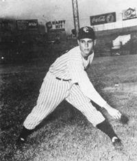 """En 1951, José """"Carrao"""" Bracho impulsa 2 con jonrón, permite 2 hits al Pastora y el Orange Victoria triunfa 4 a 1."""