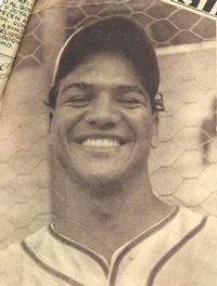 """En 1944, Héctor Benitez """"Redondo"""" impulsa 4 con jonrón y sencillo y el Cervecería gana la Serie Internacional Venezuela-República Dominicana."""