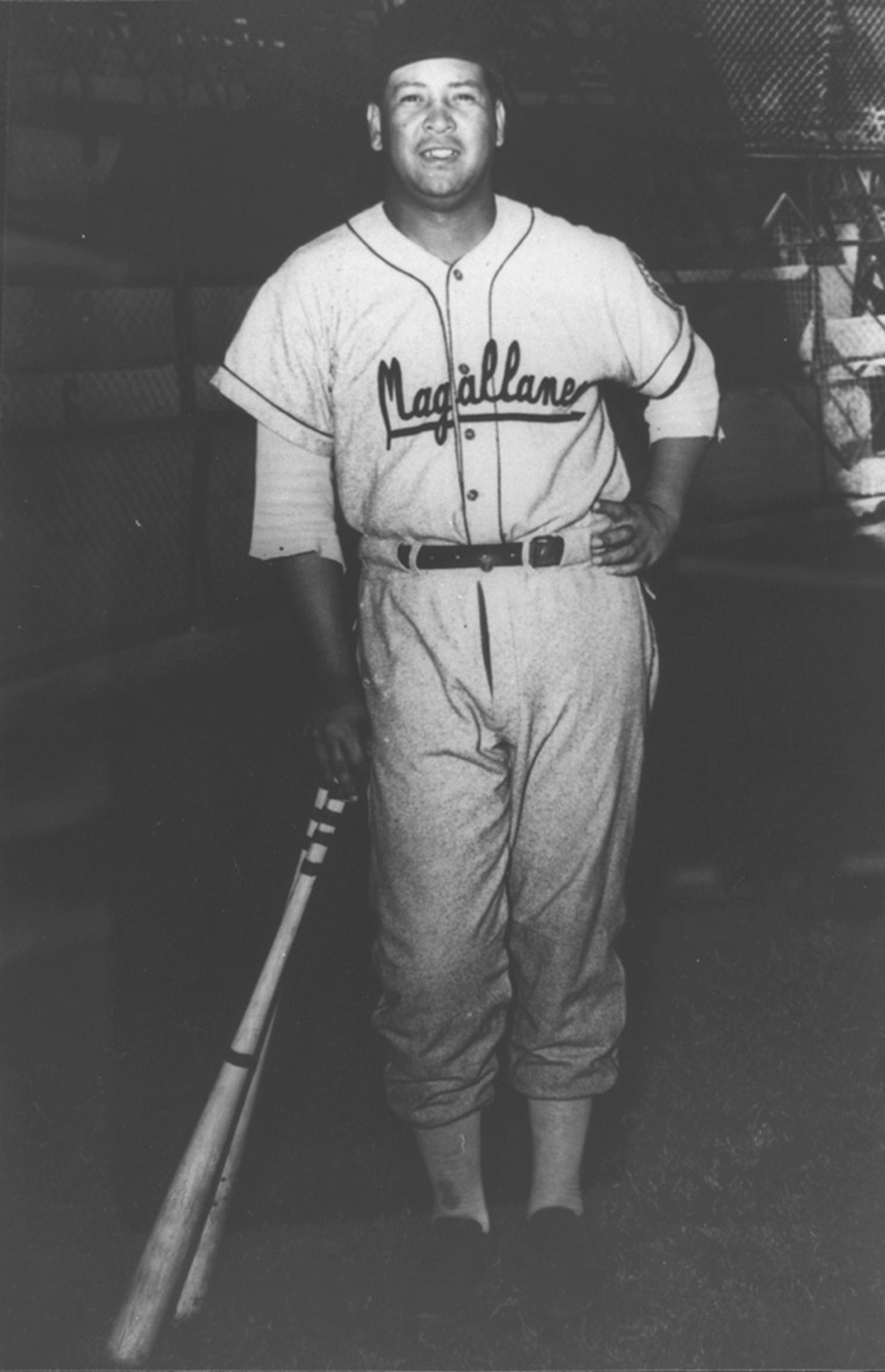En 1941: Vidal López lanza su segundo no hitter de la temporada y Magallanes gana 4 a 0 al Vargas.