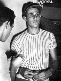 """En 1961 el zuliano José """"Carrao"""" Bracho extendió su hegemonía ante los representantes panameños al conducir al Industriales de Valencia a una victoria 7-1."""