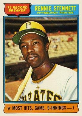 En 1975, el panameño Rennie Stennett de Piratas de Pittsburgh bateó de 7-7 contra Cachorros de Chicago en un juego de nueve entradas.
