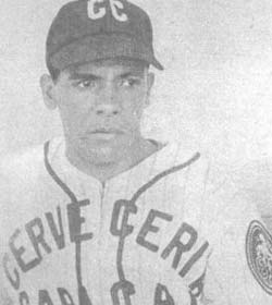 """En 1948 el zurdo Luis """"Mono"""" Zuloaga derrotó por segunda vez consecutiva (2-0) a Don Newcombe y se anotó su quinta victoria seguida"""